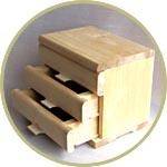 Миниатюрный комод деревянный