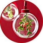 Рождественская композиция в прозрачном шаре