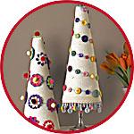 Декор елочки пуговицами