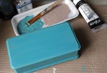 Окрашивание шкатулки в основной цвет