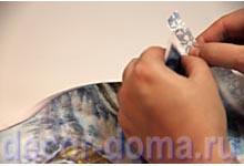Декупаж бутылки шампанского, подготовка мотива из рисовой бумаги
