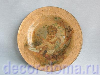 Стеклянная тарелка - декор с кракелюром и поталью