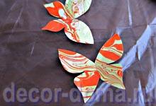 Бабочки из марморированной бумаги