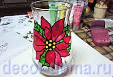 Витражный декор на вазе Пуансетия, шаг 8, цветок приклеен на вазу
