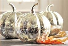 Декор тыквы аэрозольной краской хромированное серебро