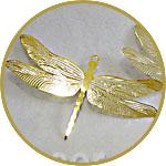 Декоративная подвеска - золотая стрекоза