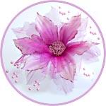 Цветок с перламутровыми веточками